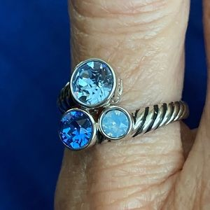 925 Sterling Silver Ring with Blue Crystals Sz 9